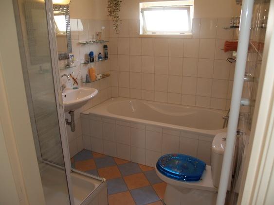 Dpf restauratie - Winkelruimte met een badkamer ...